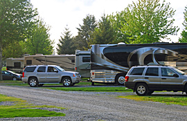 Big rig campsites at Pine Hill RV Park - Kutztown, Pennsylvania